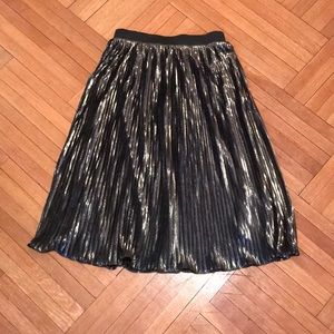 Romeo & Juliet Couture Skirts - Metallic Pleated Skirt